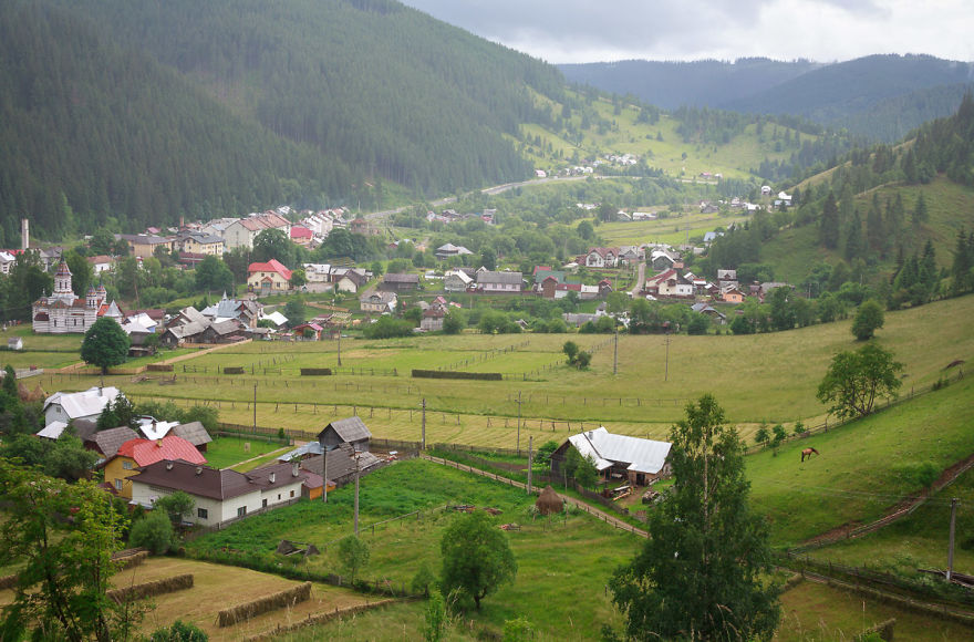 AD-Fairy-Tale-Villages-92