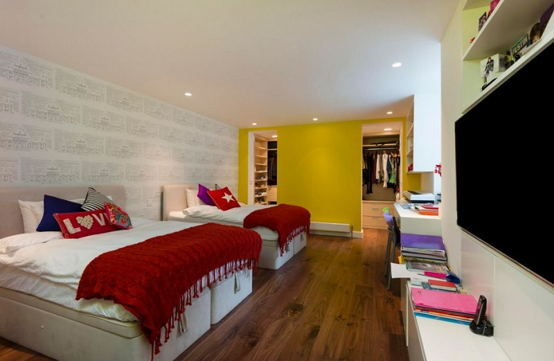 AD-Large-Bedroom-With-Two-Beds-Yellow-Mustard-Walls-02