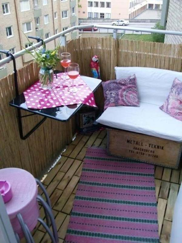 AD-Small-Furniture-Ideas-to-Pursue-For-Your-Small-Balcony-14