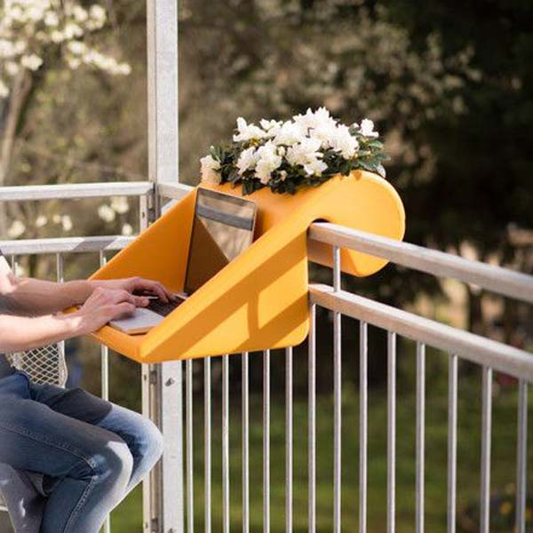 AD-Small-Furniture-Ideas-to-Pursue-For-Your-Small-Balcony-16