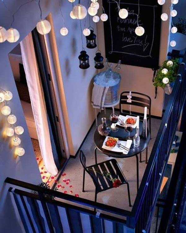 AD-Small-Furniture-Ideas-to-Pursue-For-Your-Small-Balcony-20