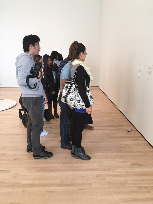Art-Gallery-Glasses-Prank-Tj-Khayatan-05