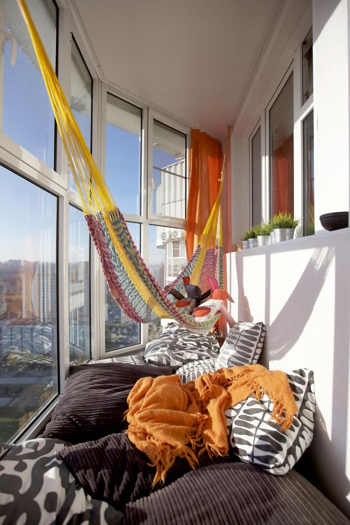 AD-Cozy-Balcony-Decorating-Ideas-12