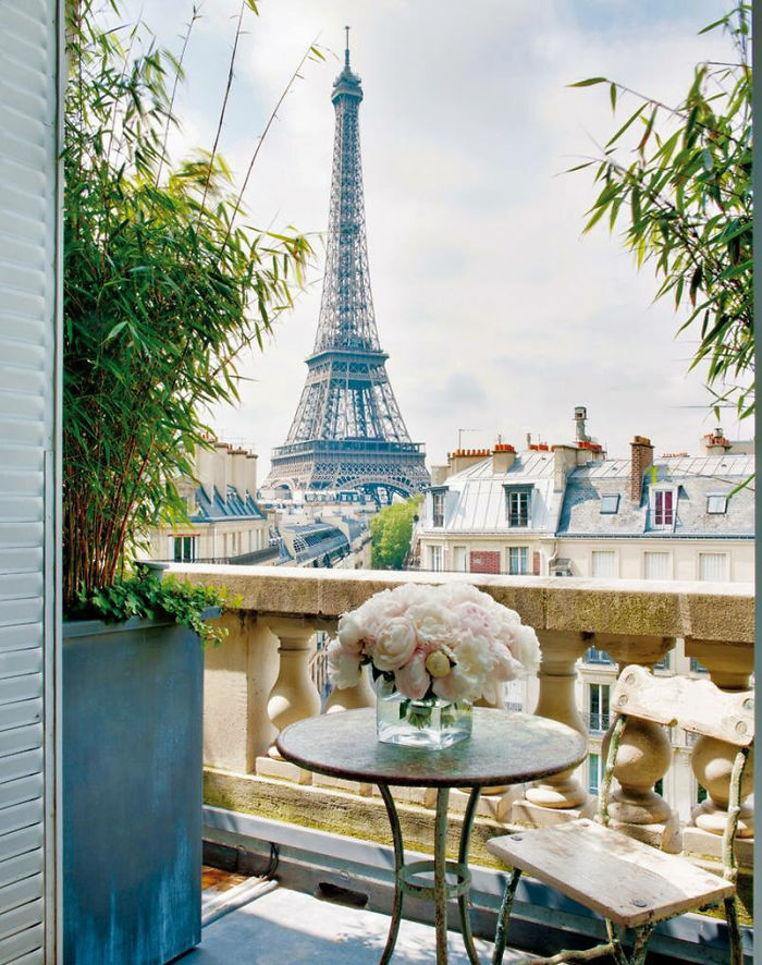 AD-Cozy-Balcony-Decorating-Ideas-23