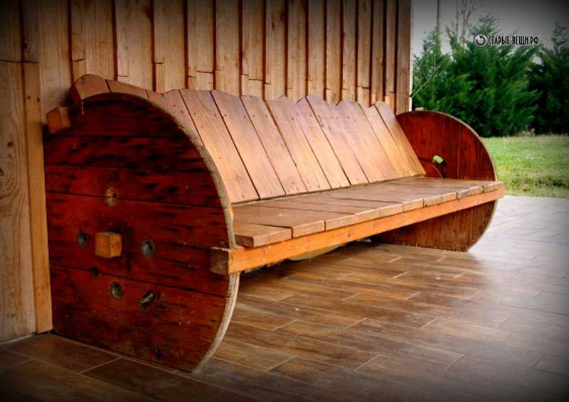 AD-Furniture-You-Can-Create-Using-Old-Pallets-10