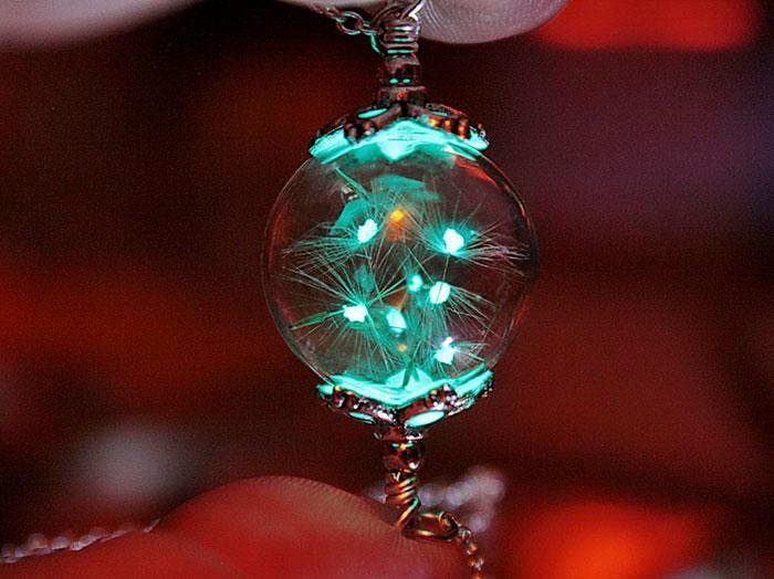AD-Jewelry-Glow-In-The-Dark-Manon-Richard-04