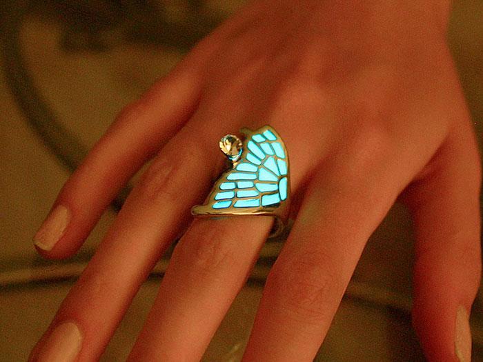AD-Jewelry-Glow-In-The-Dark-Manon-Richard-11