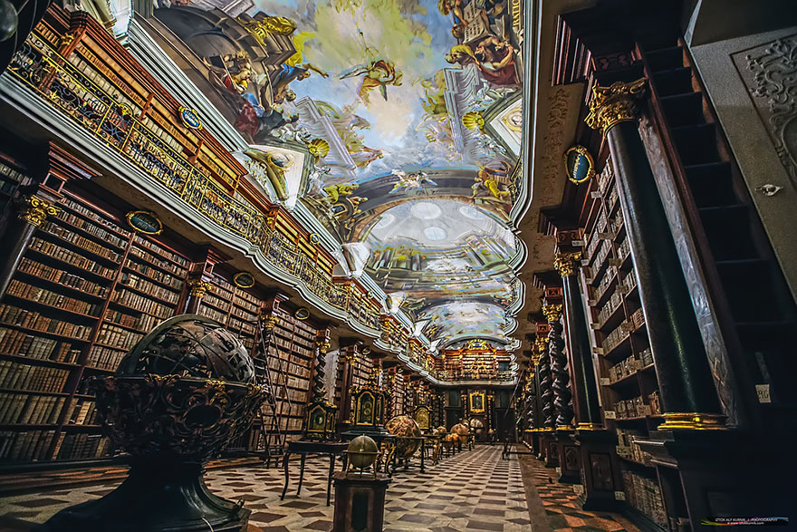 AD-The-Klementinum-National-Library-Czech-Republic-07