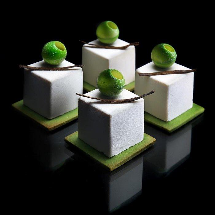 AD-Architectural-Cake-Designs-Patisserie-Dinara-Kasko-18
