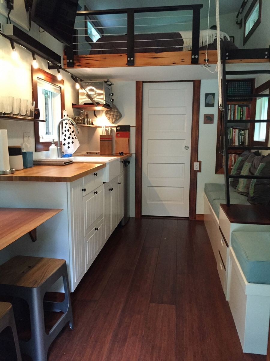 AD-Guemes-Island-Tiny-House-02
