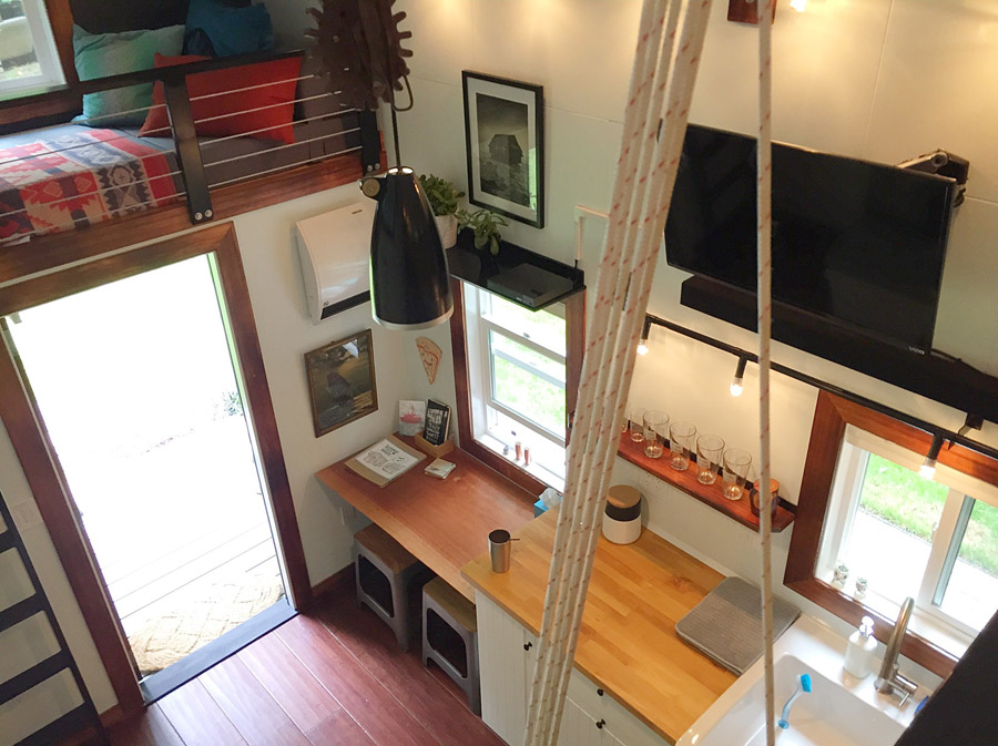 AD-Guemes-Island-Tiny-House-10