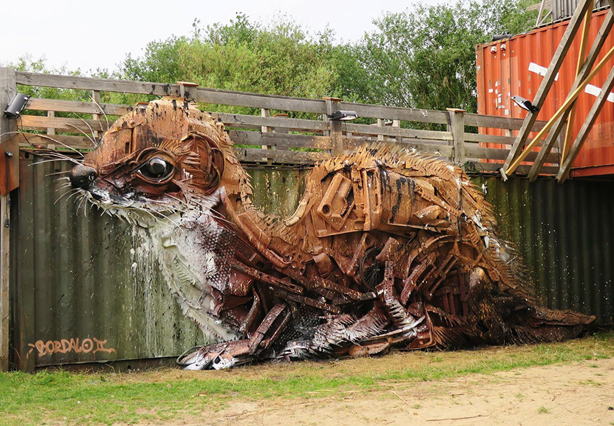AD-Trash-Animal-Sculptures-Artur-Bordalo-02