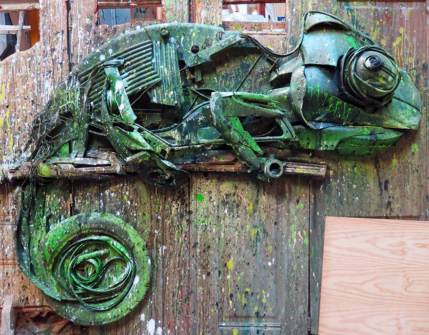 AD-Trash-Animal-Sculptures-Artur-Bordalo-08
