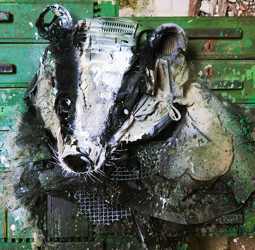 AD-Trash-Animal-Sculptures-Artur-Bordalo-30