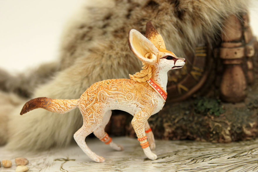 AD-Russian-Artist-Creates-Fantasy-Animal-Sculptures-From-Velvet-Clay-17