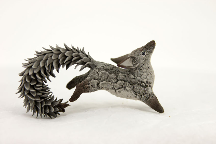 AD-Russian-Artist-Creates-Fantasy-Animal-Sculptures-From-Velvet-Clay-24