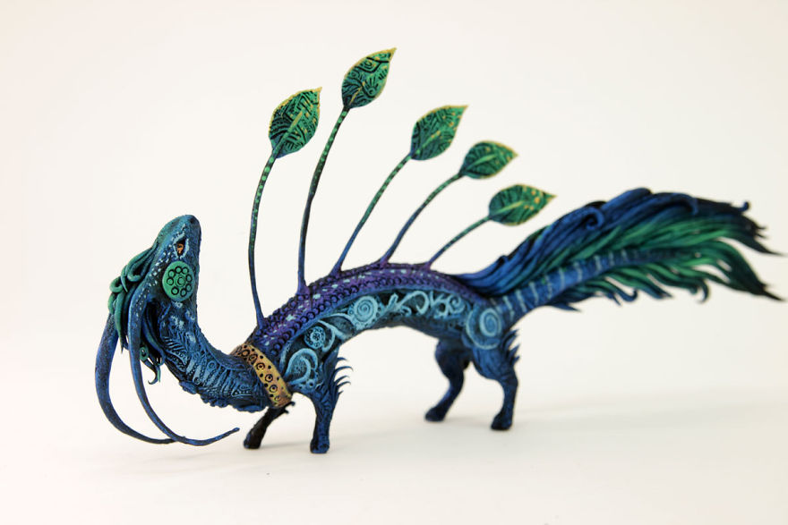 AD-Russian-Artist-Creates-Fantasy-Animal-Sculptures-From-Velvet-Clay-34