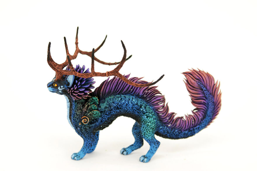 AD-Russian-Artist-Creates-Fantasy-Animal-Sculptures-From-Velvet-Clay-38