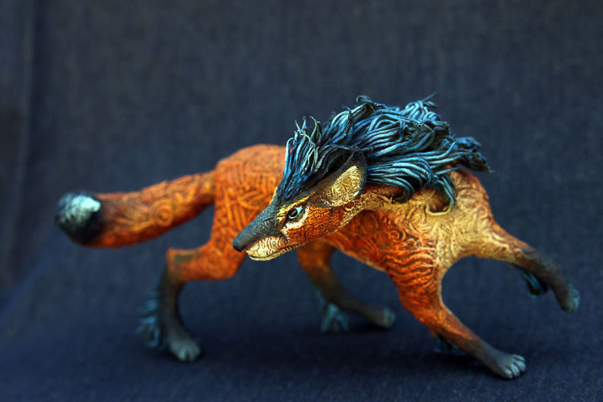 AD-Russian-Artist-Creates-Fantasy-Animal-Sculptures-From-Velvet-Clay-46