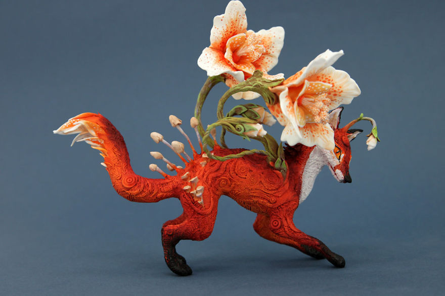 AD-Russian-Artist-Creates-Fantasy-Animal-Sculptures-From-Velvet-Clay-54