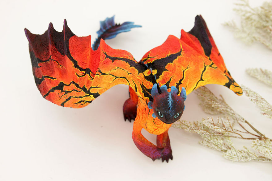 AD-Russian-Artist-Creates-Fantasy-Animal-Sculptures-From-Velvet-Clay-56