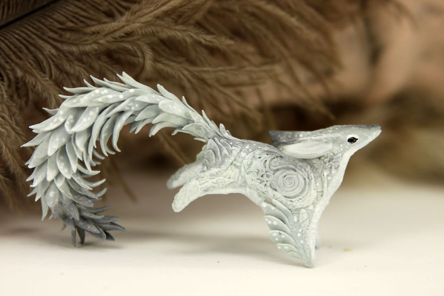 AD-Russian-Artist-Creates-Fantasy-Animal-Sculptures-From-Velvet-Clay-62