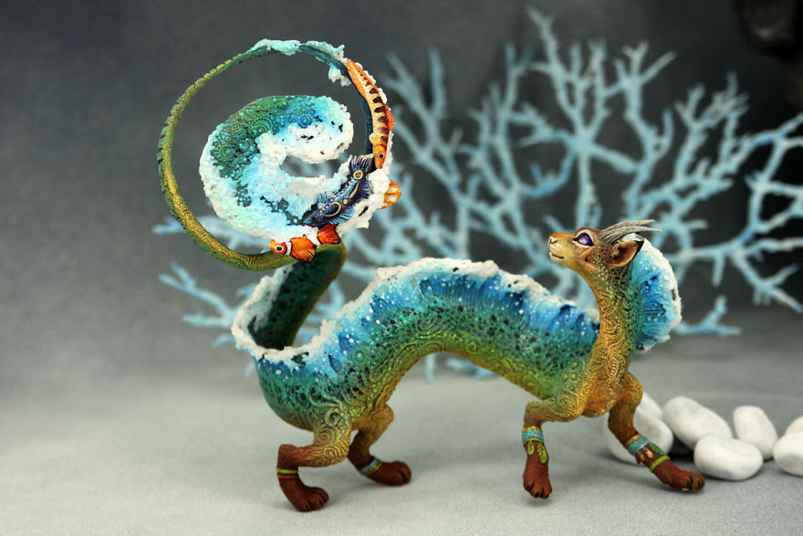 AD-Russian-Artist-Creates-Fantasy-Animal-Sculptures-From-Velvet-Clay-67