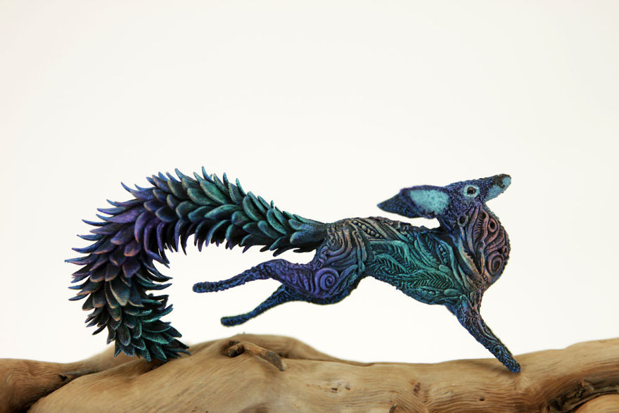 AD-Russian-Artist-Creates-Fantasy-Animal-Sculptures-From-Velvet-Clay-70