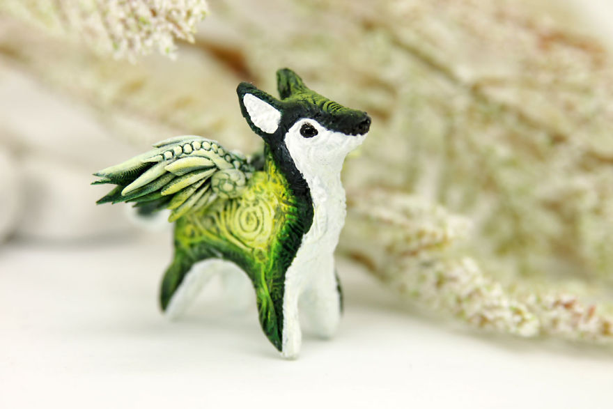 AD-Russian-Artist-Creates-Fantasy-Animal-Sculptures-From-Velvet-Clay-71