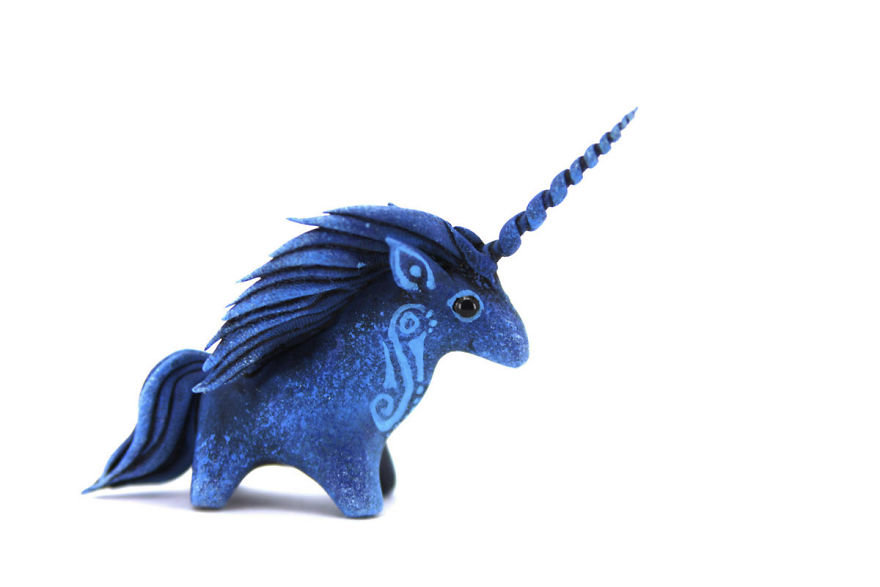 AD-Russian-Artist-Creates-Fantasy-Animal-Sculptures-From-Velvet-Clay-72