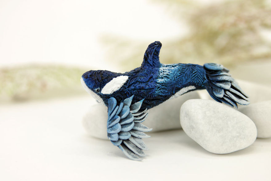 AD-Russian-Artist-Creates-Fantasy-Animal-Sculptures-From-Velvet-Clay-78