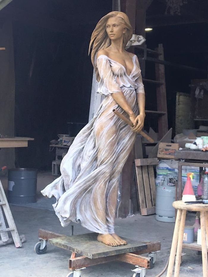 Life Sized Female Sculptures Inspired By The Graceful